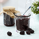 Blackberry jam with violet