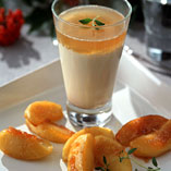 Cinnamon panna cotta with caramelised apple wedges