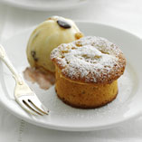 Pear cake with rum ice cream