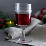 Hot cranberry wine