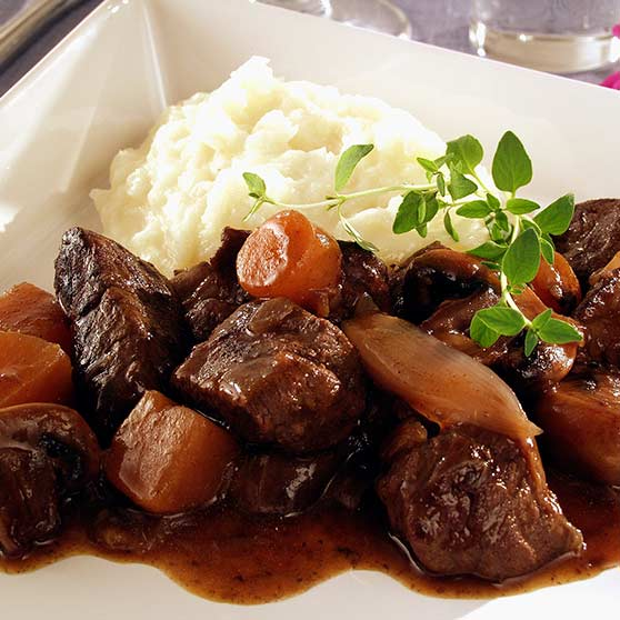 Roe deer stew with home-made mashed potatoes