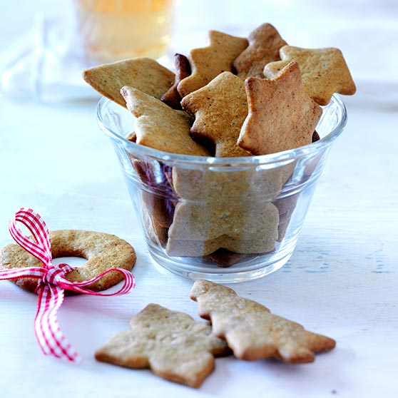 Crispy gingerbread biscuits