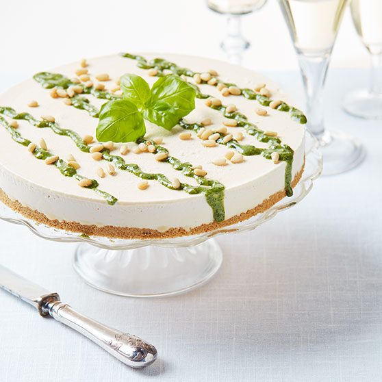 Lemon cheesecake with basil pesto
