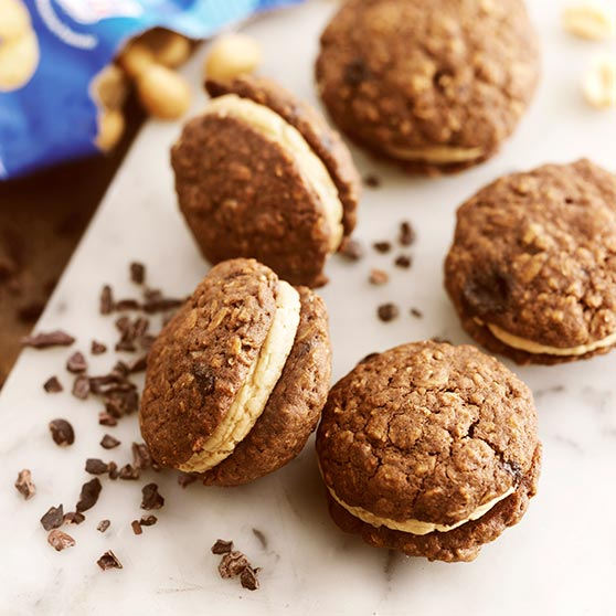 Oatcakes with chocolate and peanut butter frosting