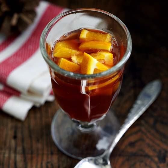 Warm orange-apple punch