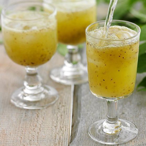 Refreshing kiwi drink
