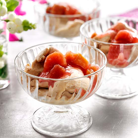 Rhubarb compote with cinnamon ice cream